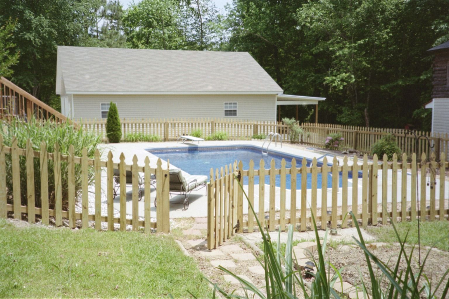 Fence Around Pool Ideas Fence Around Pool Pool Fence Backyard Oasis