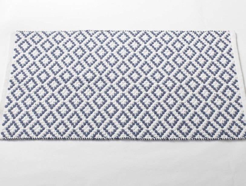 White French Blue Diamond Pebble Rug Made From 100 Organic