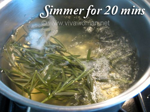 Boiling Rosemary Hair Tonic DIY Beauty: homemade rosemary hair tonic rinse #oilyhair