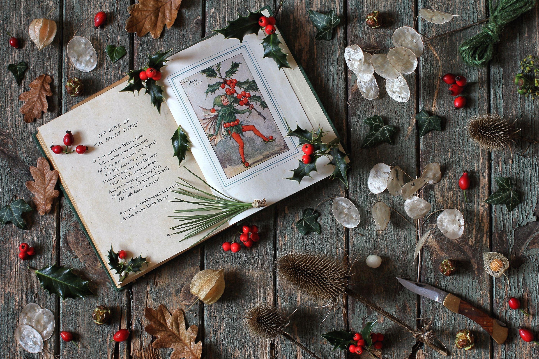Новогодние книги картинка