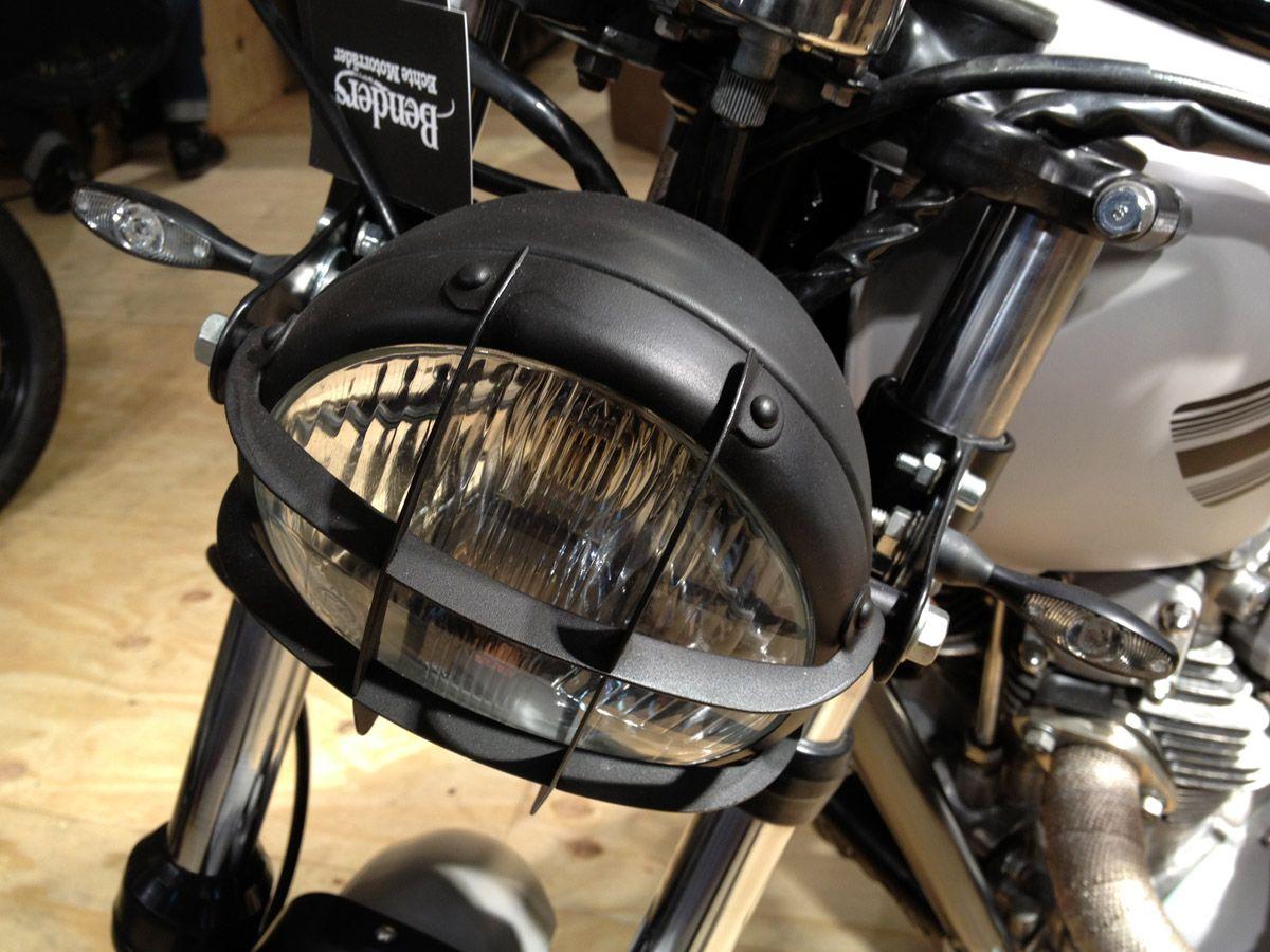 Frontlicht design enduroscramblerscheinwerfer oldstyle mit gitter  motorad