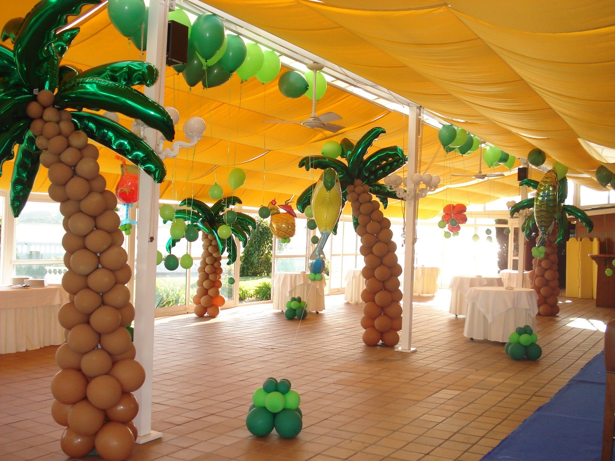 Party hawaiana ideas buscar con google aloha party - Globos para eventos ...