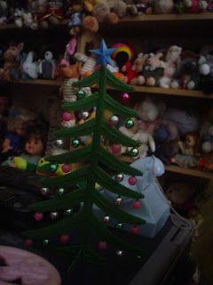 Christmas Peluchon Time  Rockesapo Center encendió su árbol Navideño.