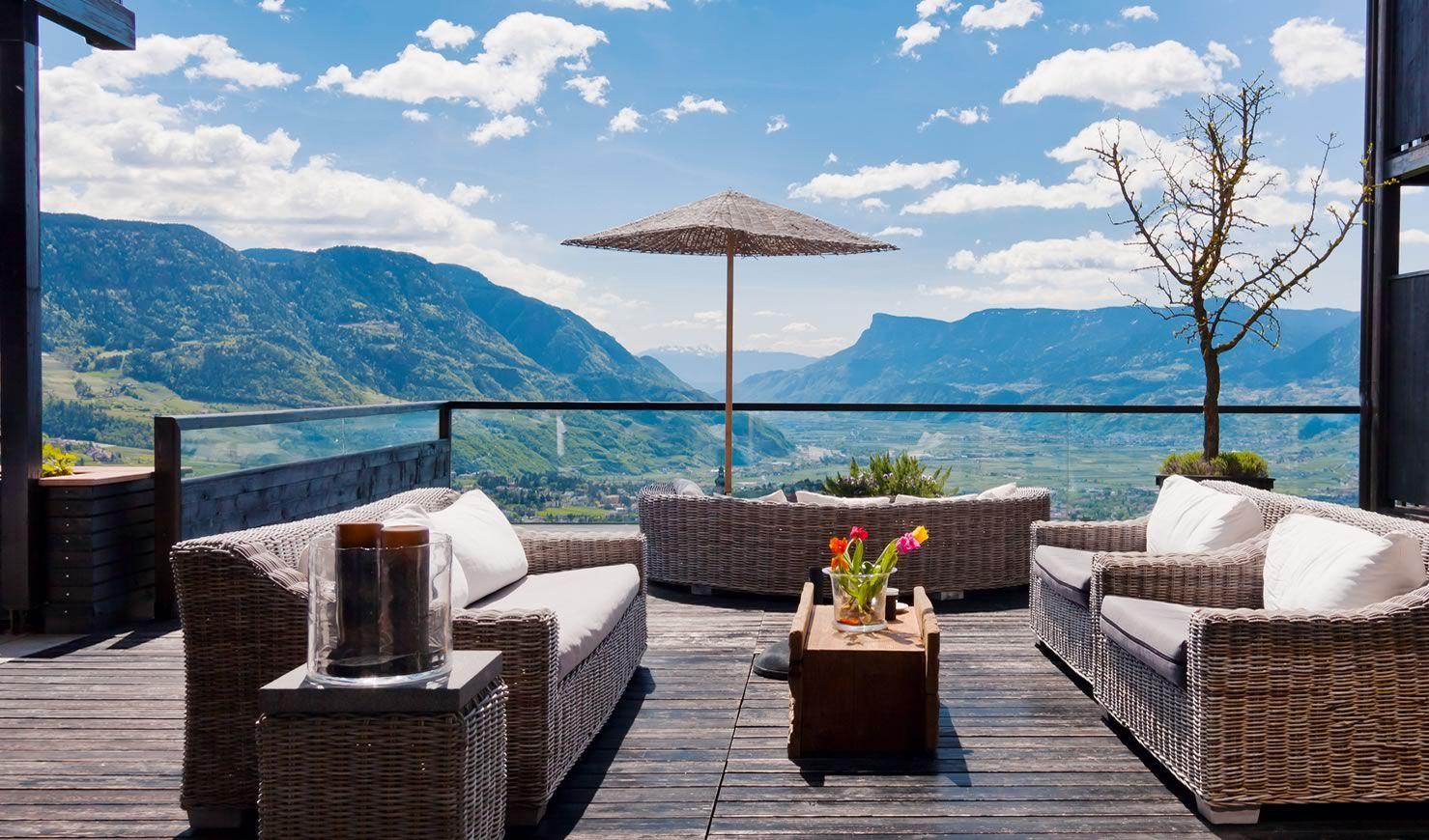 Hotel der k glerhof dorf tirol bei meran bellemaison for Meran design hotel