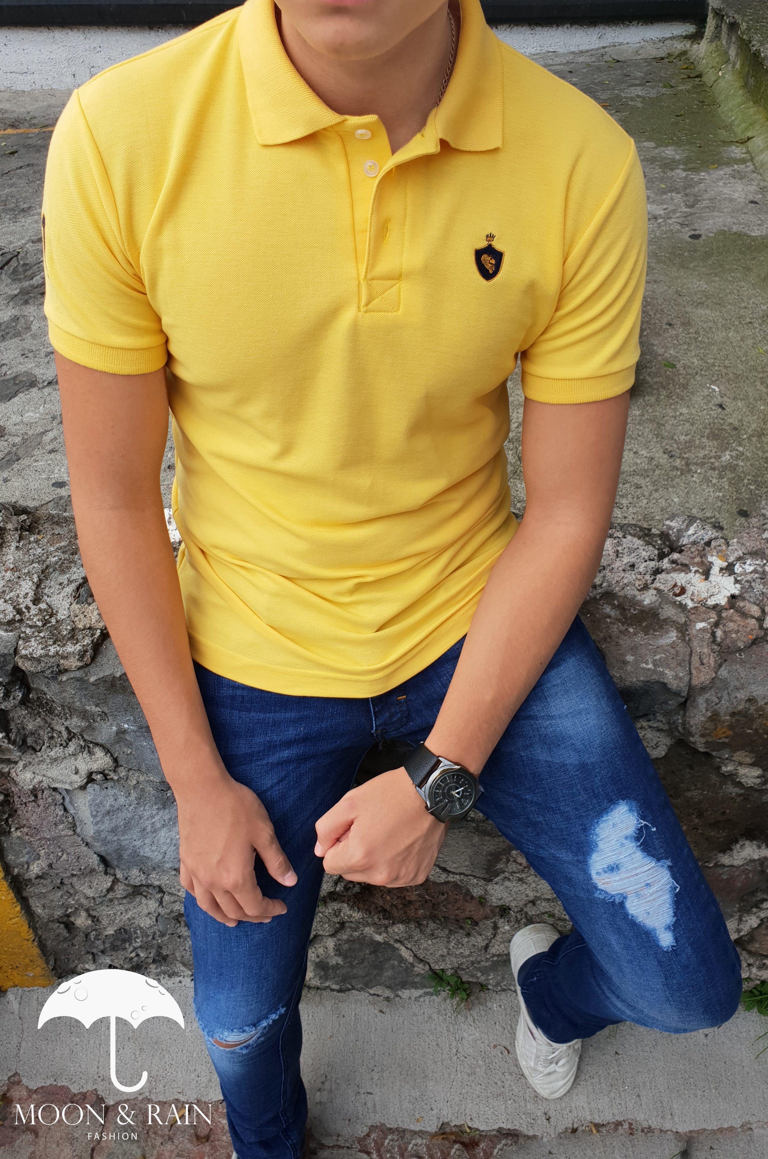 ae07bacf07 Ropa para hombre ideal para una ocasión casual  Polo Amarilla