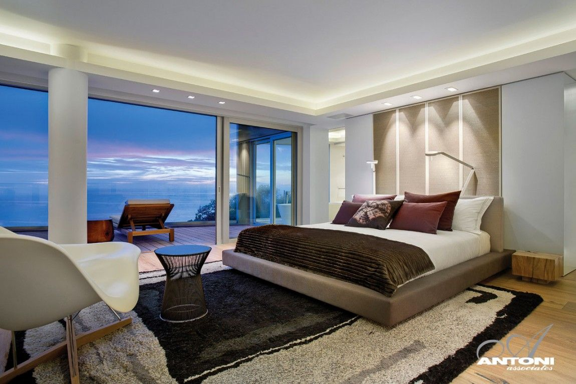 Luxury Master Bedrooms In Mansions Clifton View Mansion Bedroom