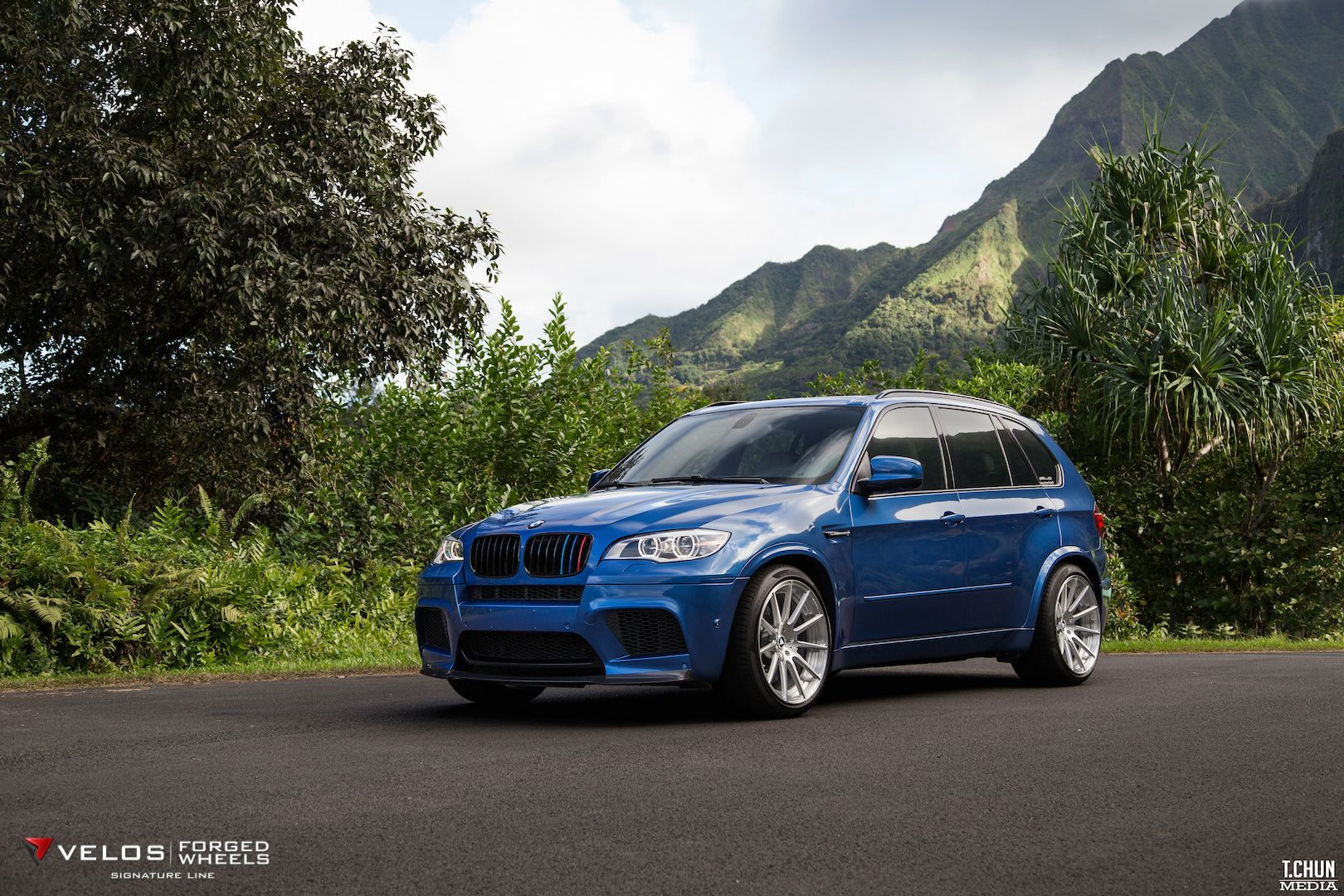 bmw e70 x5 m monster provocative strong muscle. Black Bedroom Furniture Sets. Home Design Ideas