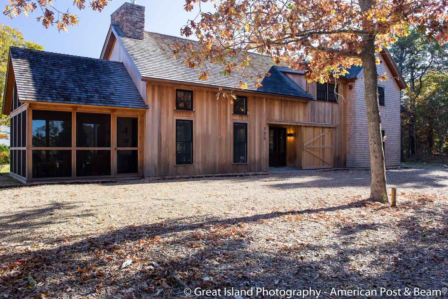 Post And Beam Farmhouse And Barn Style Home Photos American Post Beam Barn Style House House Plans Farmhouse Barn Style House Plans
