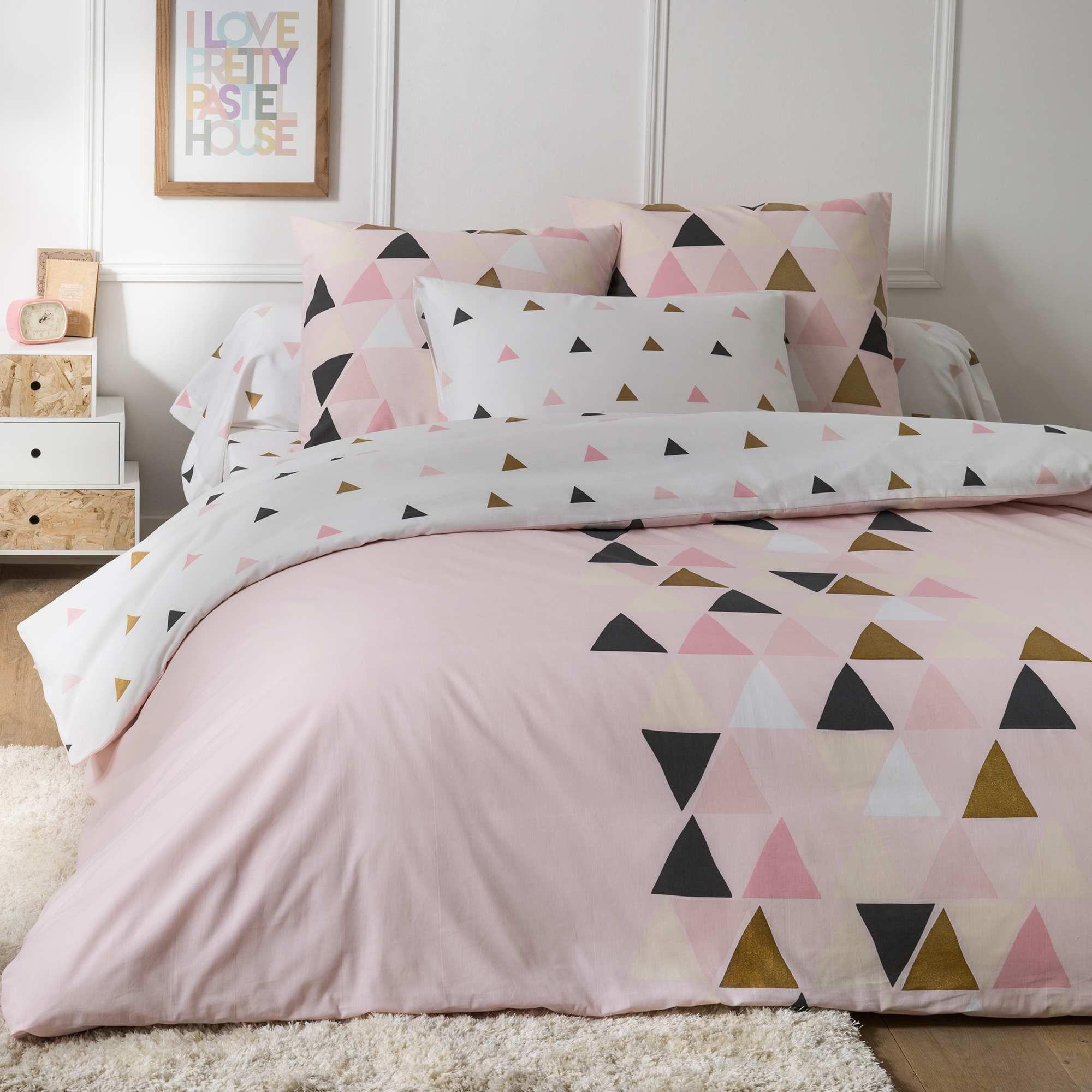 Parure de lit  motif triangle Linge de lit Kiabi 25 00€