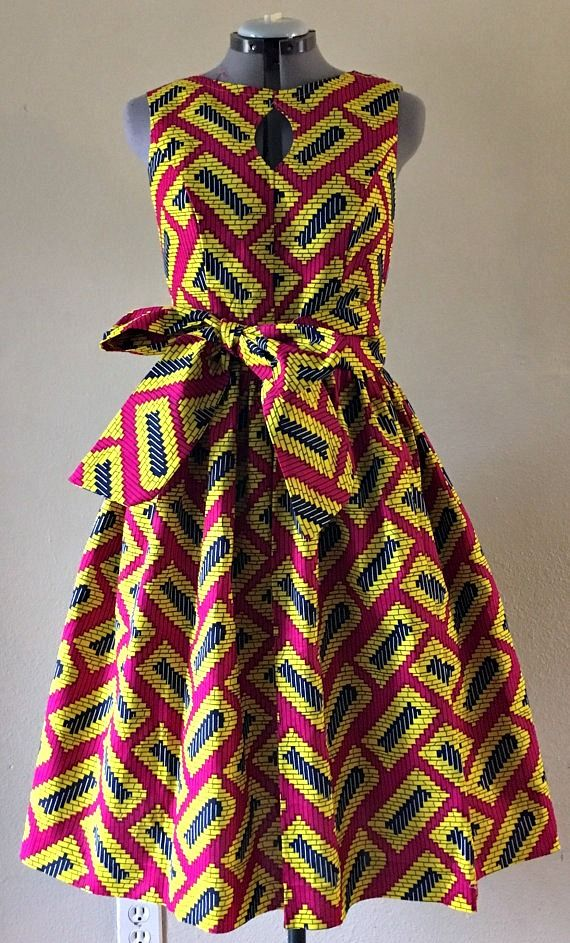Quirky Fall Dress African Wax Print Keyhole Bodice Fit and Flare 100% Cotton  Hot Pink Yellow Black Geometric Print With Pockets and Belt. Ankara  ed85987f17ee