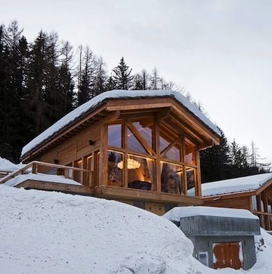 9 warm and cozy ski chalets for the 21st century ski for Swiss chalet plans