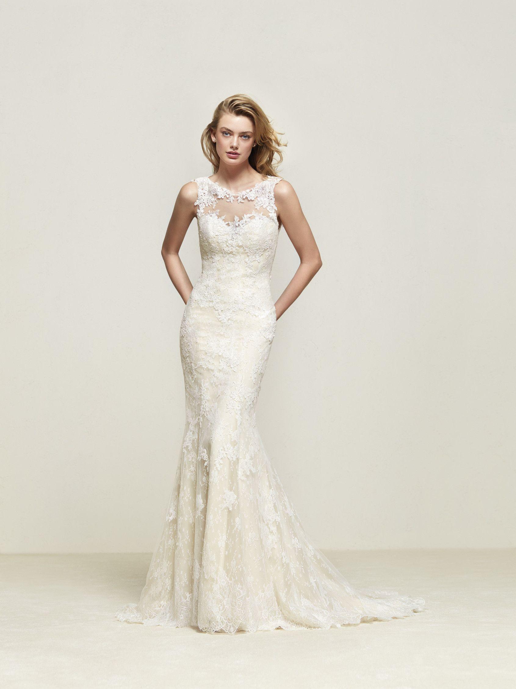 Driades: Wunderschönes Brautkleid im Meerjungfrau-Stil aus Spitze ...