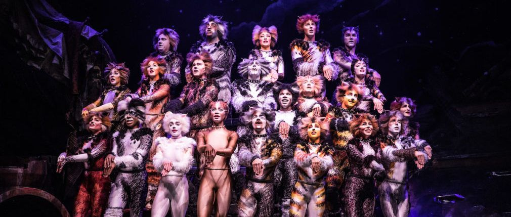 A Broadway Classic Revived Cats Makes A Stop In Austin Winter Garden Theatre Fabulous Fox School Of Rock