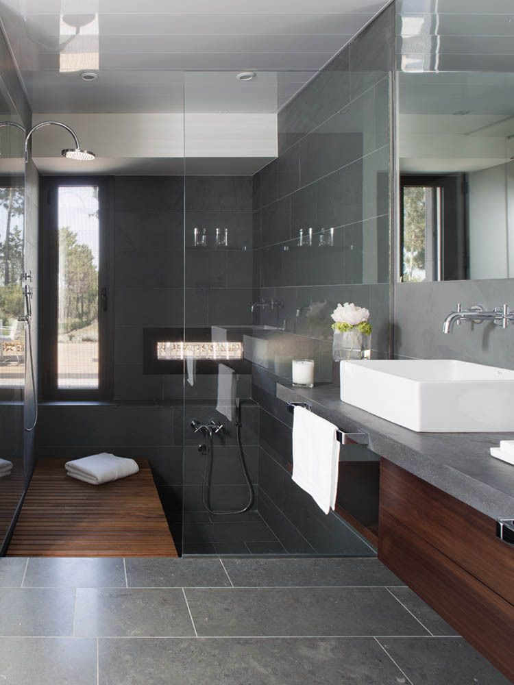 Gallery Of La Vinya House Lagula Arquitectes 8 Design Badkamer Donkere Badkamers Huis Interieur Design