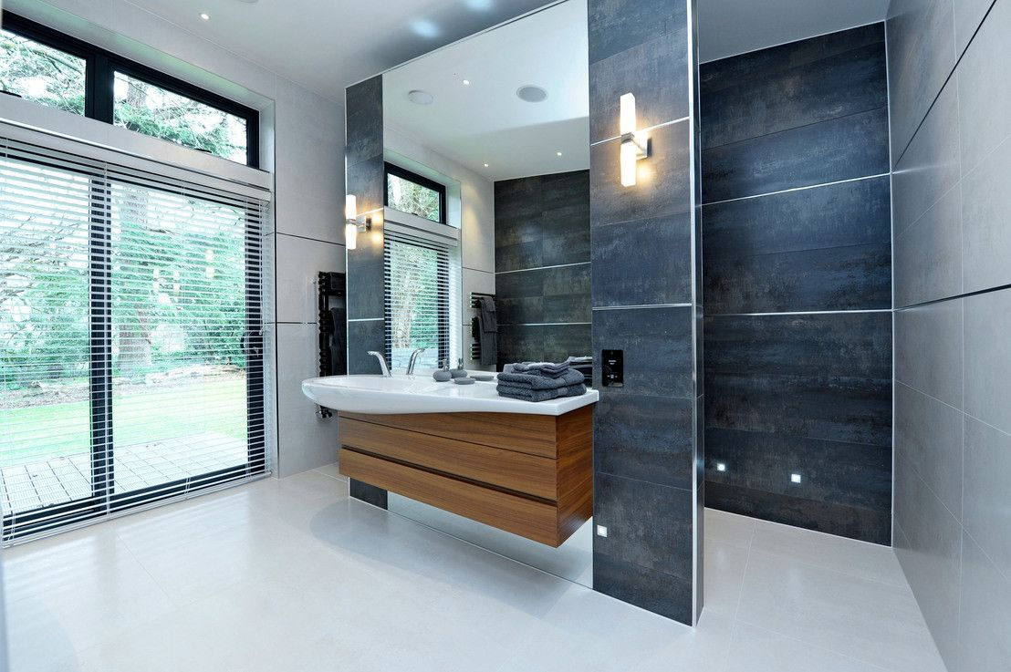 sumptuous design ideas bathroom vanities richmond hill. 6 sumptuously large British bathrooms  Modern