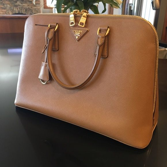 936ec86333c986 Prada BL0812 (Bauletto) Saffiano Lux in Caramel Authentic Prada Large  Saffiano Lux Promenade Bag in Caramel. Purchased from NM online 12/2013  Measures: 1/2