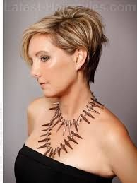 Image Result For Womens Short Hair Tucked Behind Ear Ear Tuck