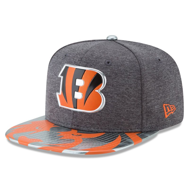 2e7ba26a4 Cincinnati Bengals New Era 2017 NFL Draft Spotlight Original Fit 9FIFTY  Snapback Adjustable Hat - Graphite