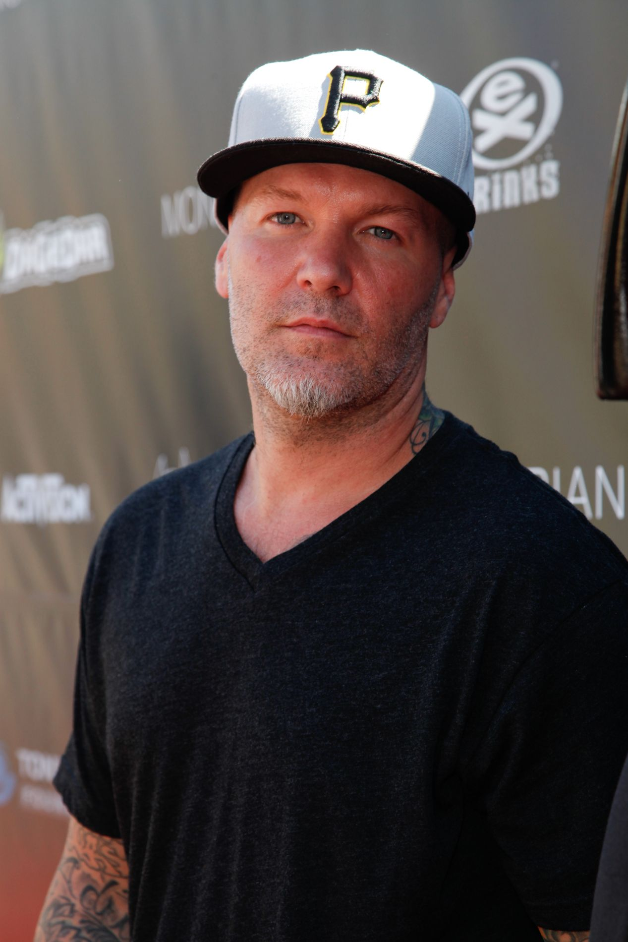 047cd7bed6d38 The only thing saving Fred Durst in this picture is the Pirate cap. Just  saying.