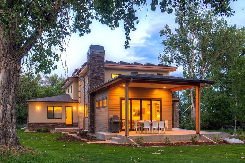 Contemporary Style House Plan 4 Beds 3 5 Baths 3334 Sq Ft Plan 1042 19 Modern Prairie Home Modern House Plans House Plans