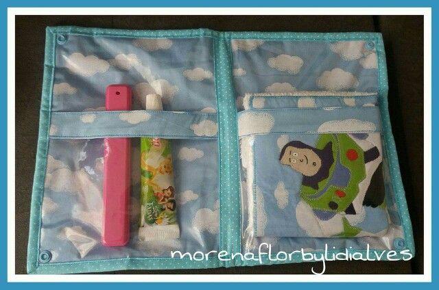 Porta kit higiene escolar