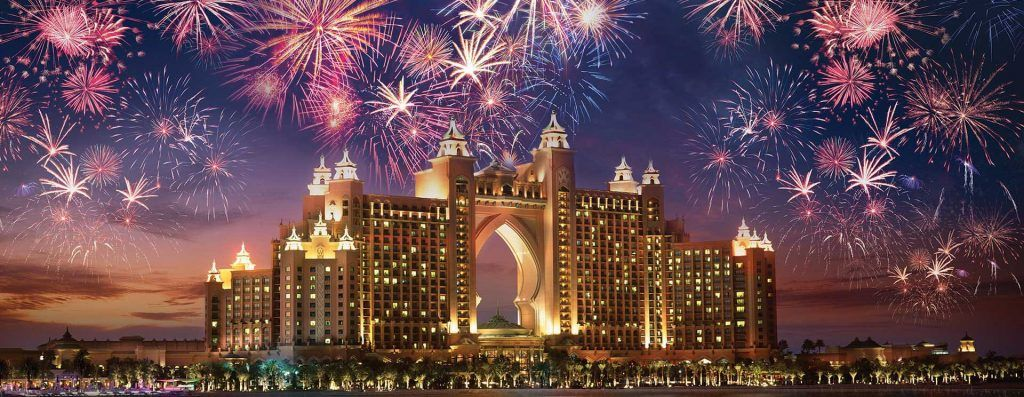 Parties and Fireworks New Years 2021 Dubai Дубай