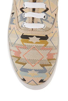 love these aztec printed shoes