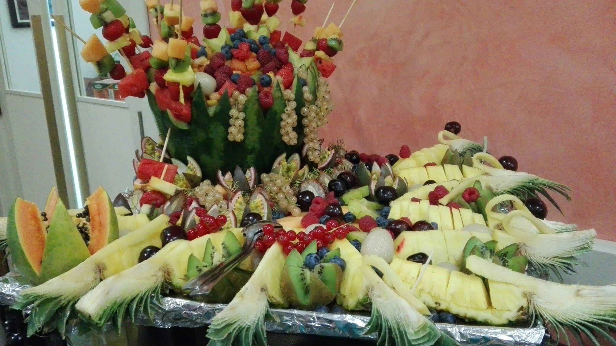 Decorazioni Buffet Ferragosto : Buffet decorazioni frutta decorazioni frutta