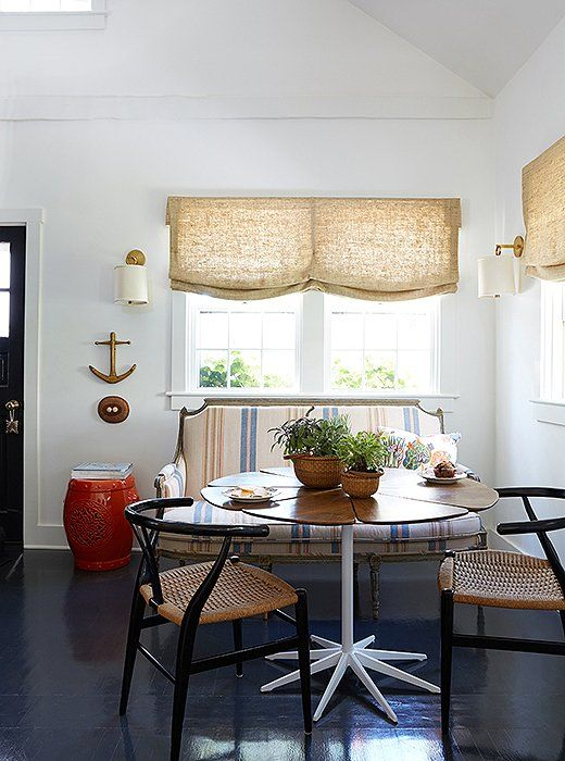 Inside A Designer S Absolutely Charming And Cozy Nantucket Cottage Dining Room Window Treatments Dining Room Windows Casual Dining Rooms
