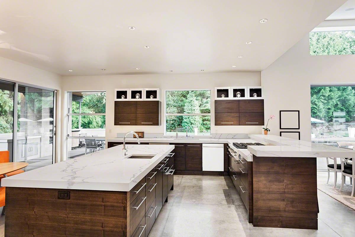 Statuary Classique Quartz Luxury Kitchen Design Luxury Kitchen Kitchen Island With Sink