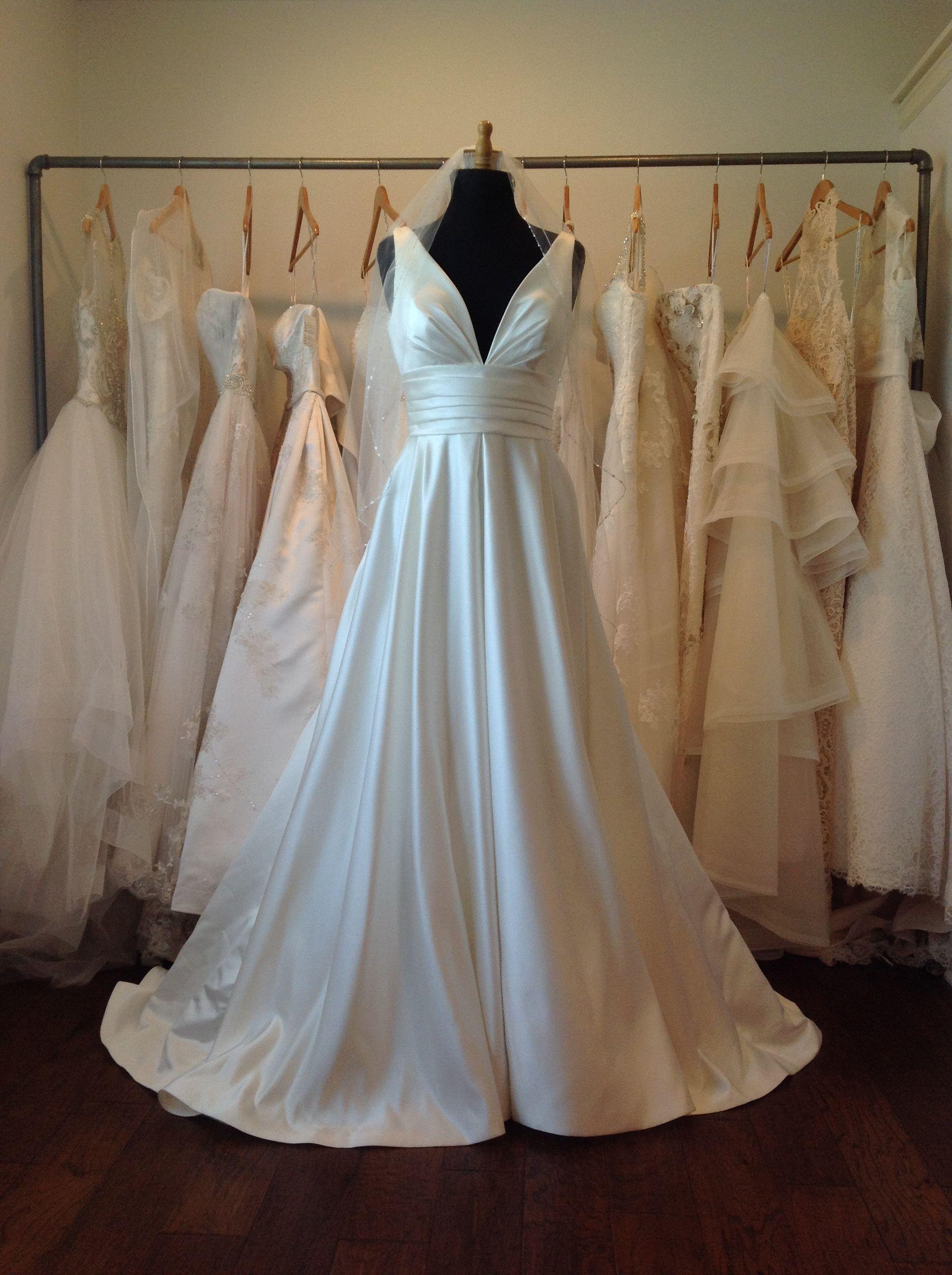 Ralea From La Sposa By Pronovias Formal Dresses Dresses White