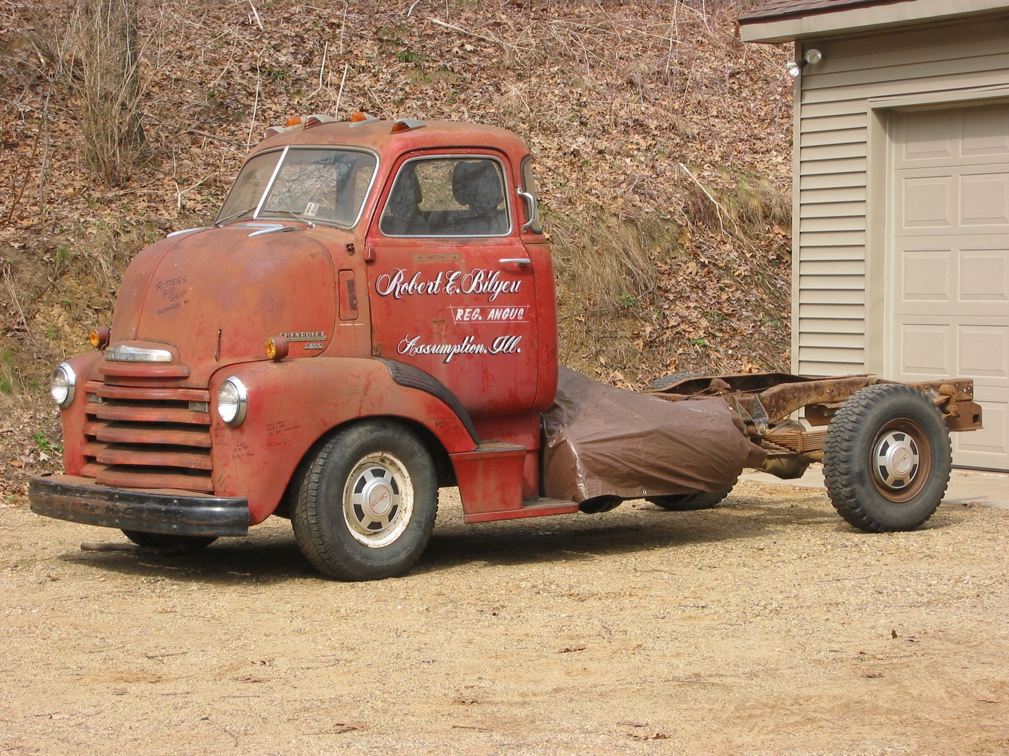 Late or early chevrolet c looks to be on a mid chevy pickup chassis