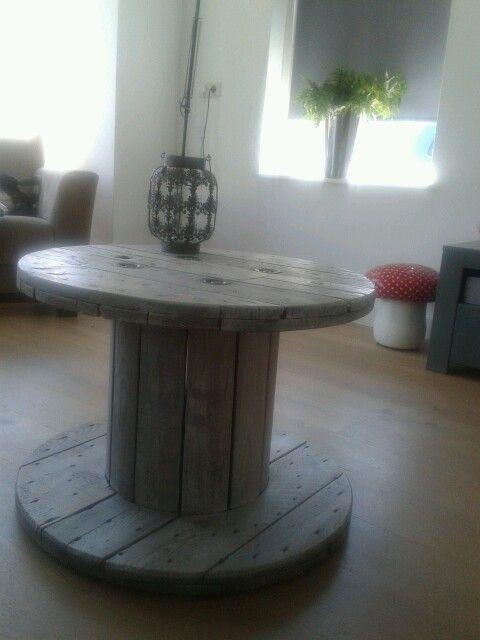 """Onze """"nieuwe"""" tafel"""