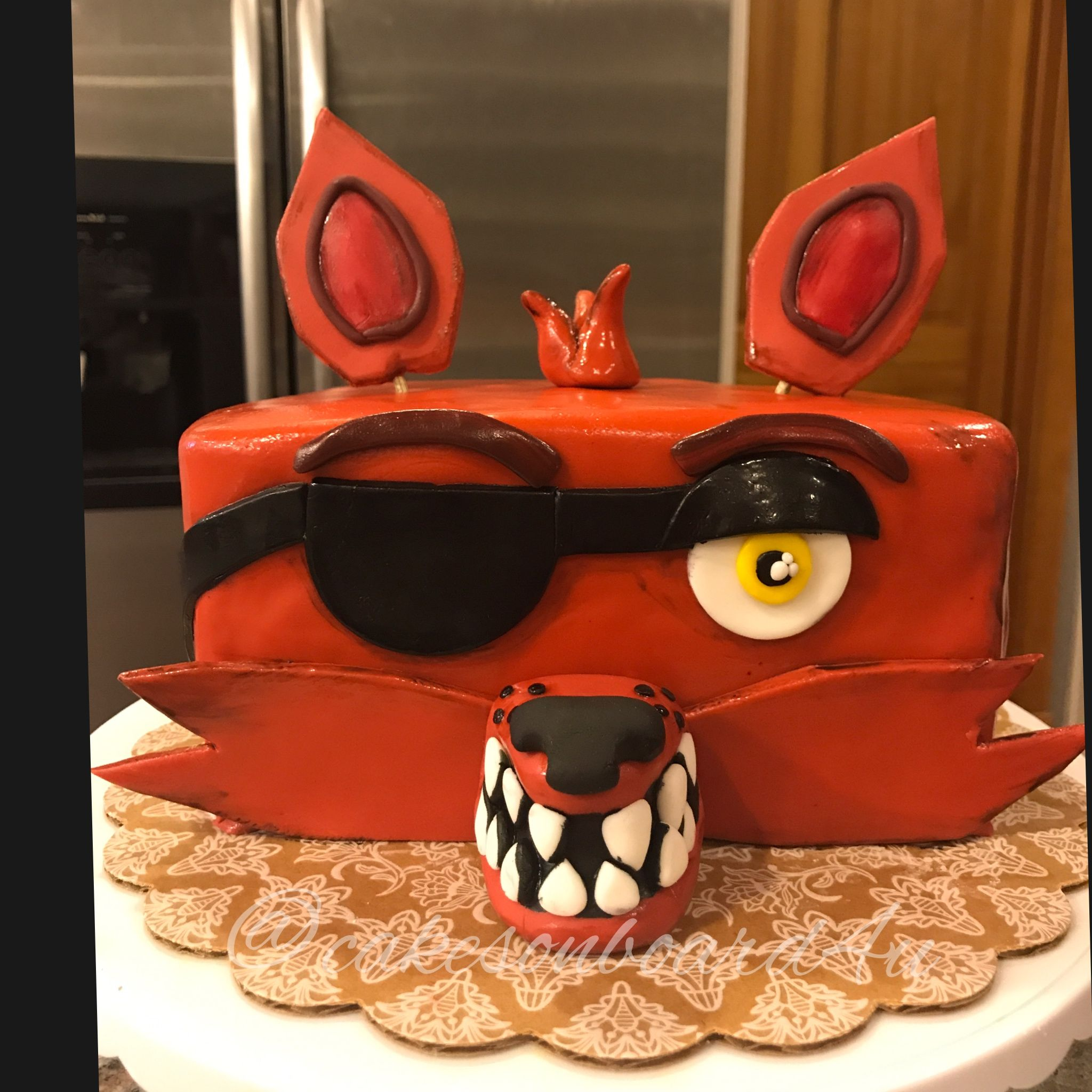 Five nights at Freddy s Foxy scary fox pirate video game fondant all