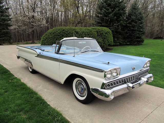 Ford Fairlane 500 Galaxie Sunliner 1959 With Images Ford
