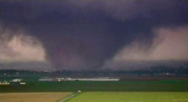 mile wide ef5 wedge tornado rips through moore oklahoma 2013