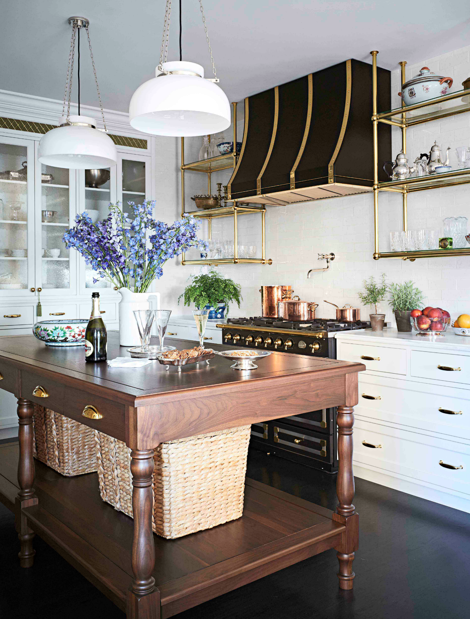 22 Jaw Dropping Small Kitchen Designs: This Chicago Apartment's Before And After Transformation