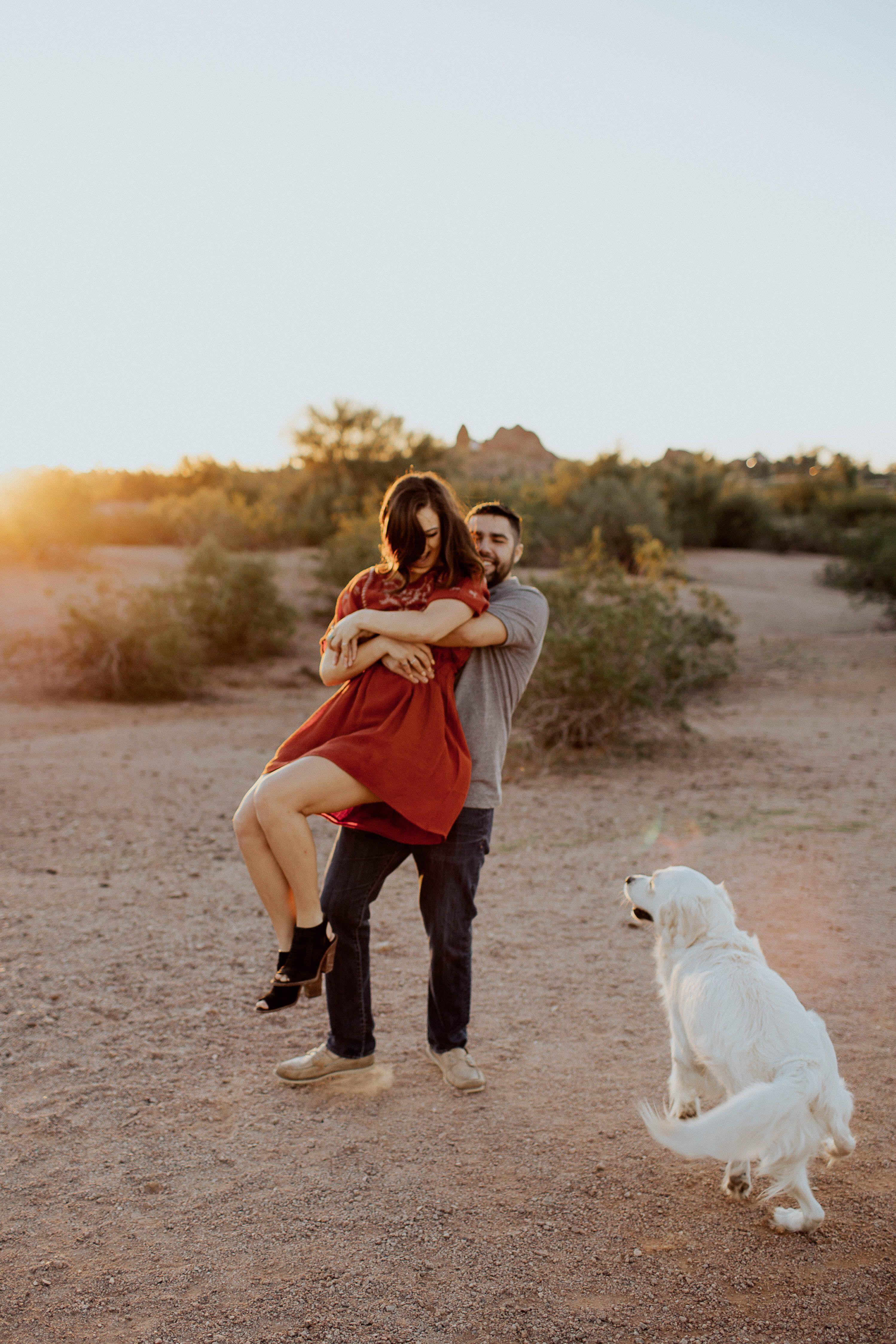 Lovers And Their Dog Dog Photoshoot Couple Photography Poses Couples Photoshoot