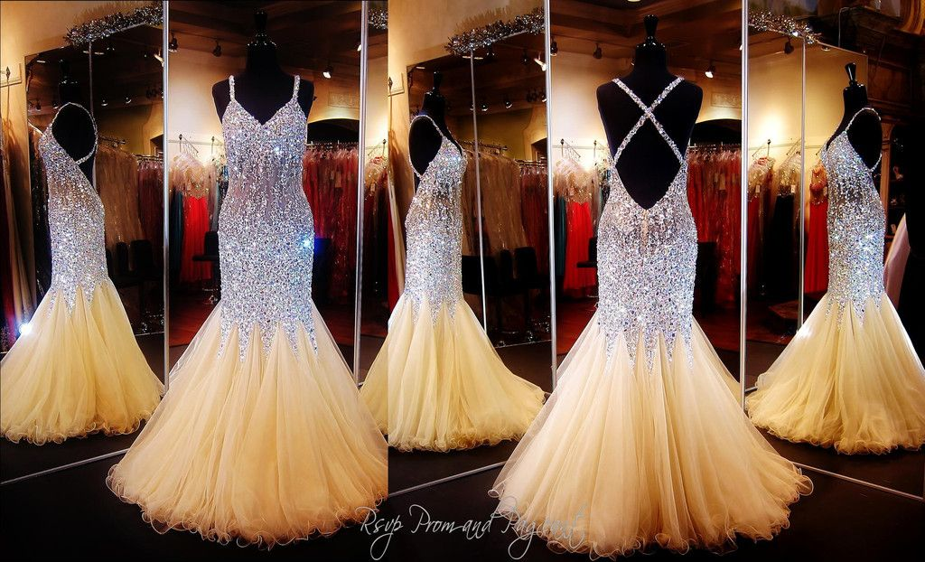 This sexy mermaid prom dress is a MUST HAVE! The beads, stones and ...
