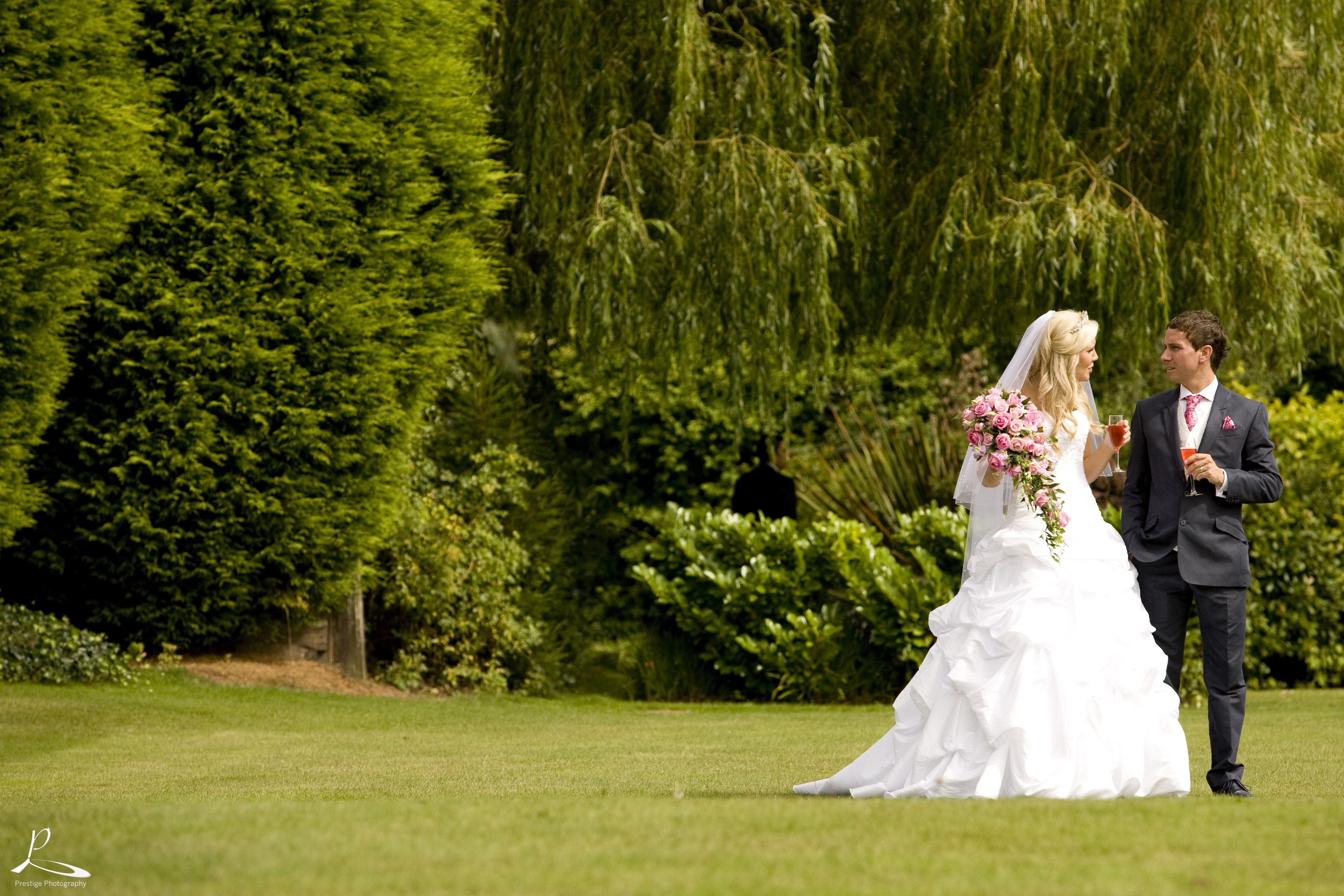 Stunning Grounds At Hogarths Stone Manor Prestige Photography Kidderminster Photography
