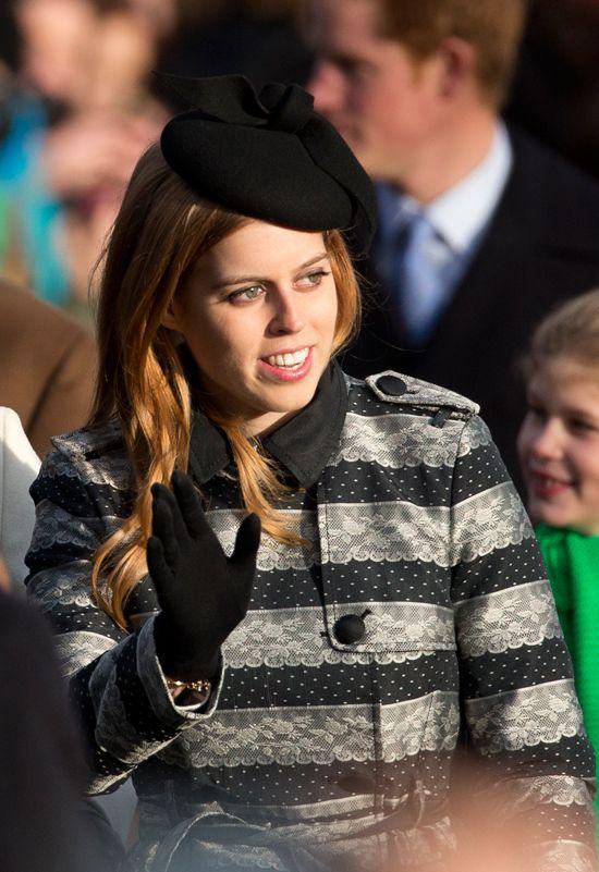Kate Middleton, embarazada de cinco meses, acaparó todas las miradas con un bonito conjunto marrón con sombrero a juego