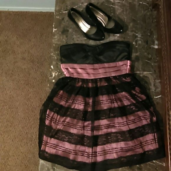 B&P dress This black and Salmon pink dress is good for special occasions it is gentley worn and is very cute with some black heels. Charlotte Russe Dresses Maxi