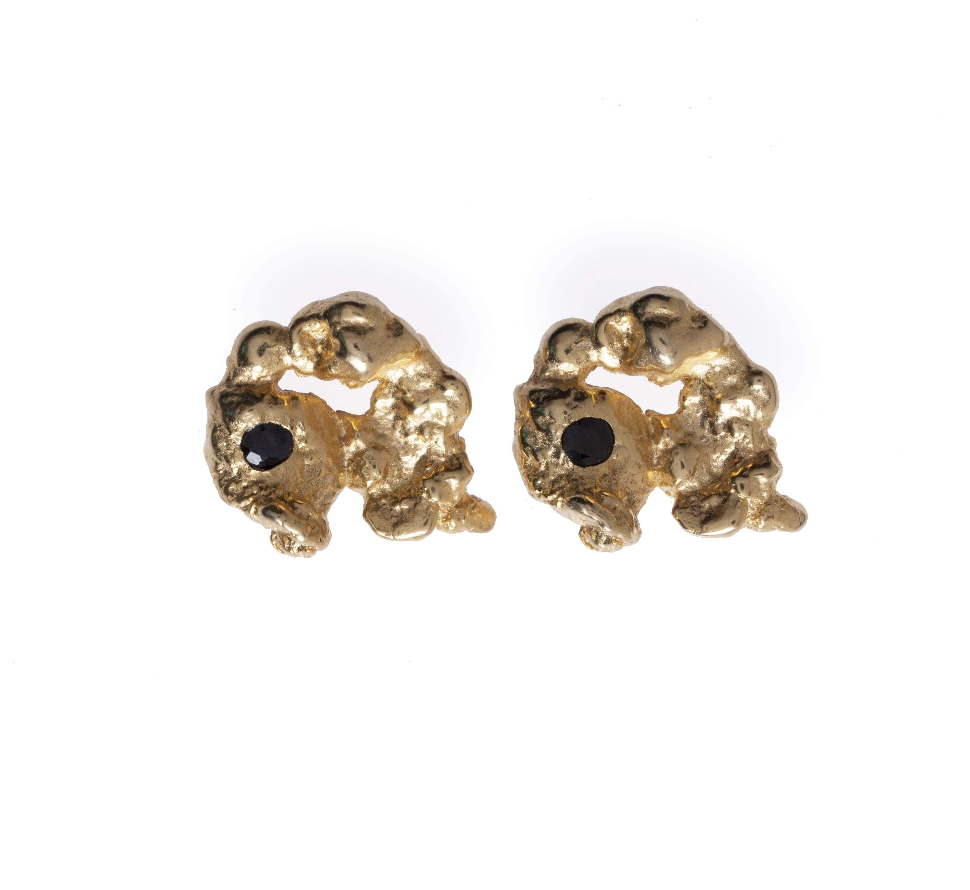 #TheGrackEarrings #Gold #onyx www.raejewelry.com