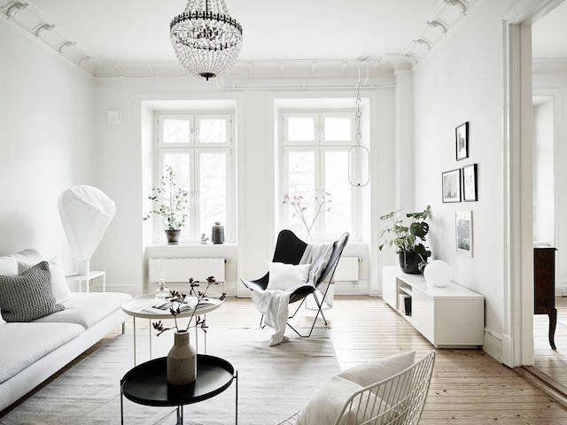 Wohlbefinden, Einrichtung, Weiße Einrichtungen, Skandinavische Einrichtung,  Skandinavisches Design, Schwedisches Zuhause, Wohnküche, Esszimmer,  Glaspendel  ...
