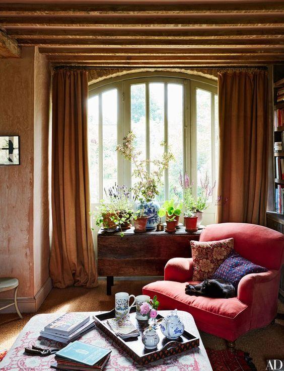 Englischer landhausstil wohnzimmer  Look We Love: How To Create Cozy English Cottage Style | Pinterest ...