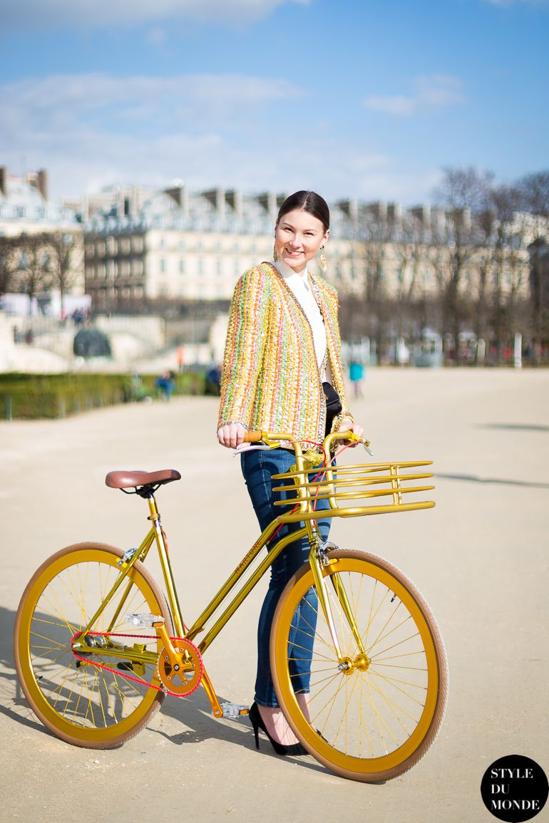 39 Fashion Girl-Approved Ways to Look Stylish WhileBiking pictures