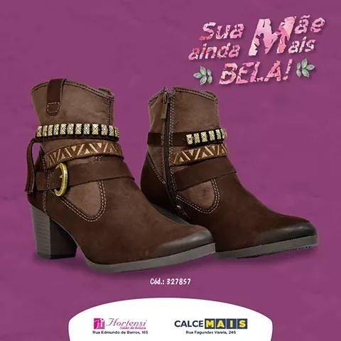 Seus pés merecem esse carinho!   #Boots #Botas #Inverno #Inverno2016 #Frio #Moda #Fashion #Detalhes #Details #Shoes #ShoesLover #LoveBoots #LoveShoes #InstaShoes #Salto #CalceMais #ÉPraVocê #VilaPortes #FozDoIguaçu by calcemais