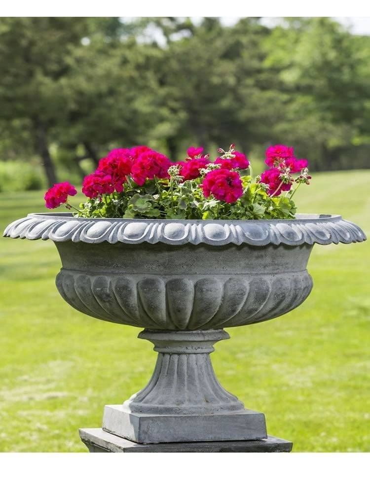 Campania International Stafford Iron Urn Thecampania International Stafford Iron Urn Is A Beautiful Handcrafted Cast Iron Urn Th Urn Planters Large Flower Pots