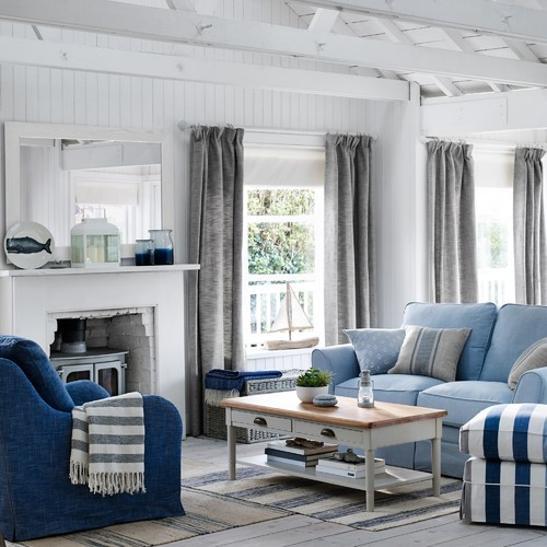 Hamptons Style Influences The World Long Island Pulse Magazine Blue Living Room Navy Blue Living Room Beams Living Room