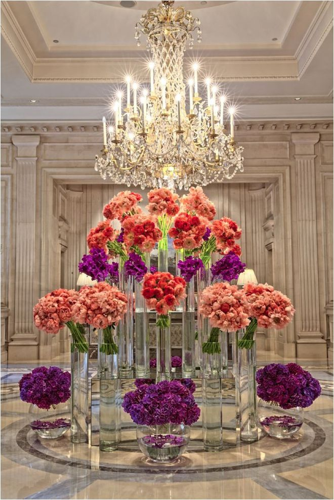 Celebrity Style Q A With Floral Designer Jeff Leatham Hotel Flowers Hotel Flower Arrangements Large Flower Arrangements